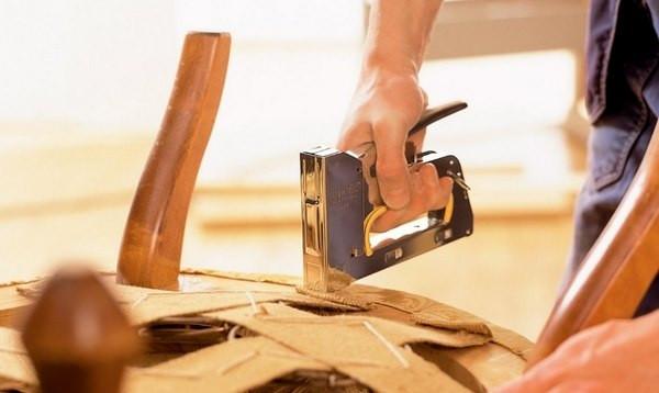 Назначение строительного степлера